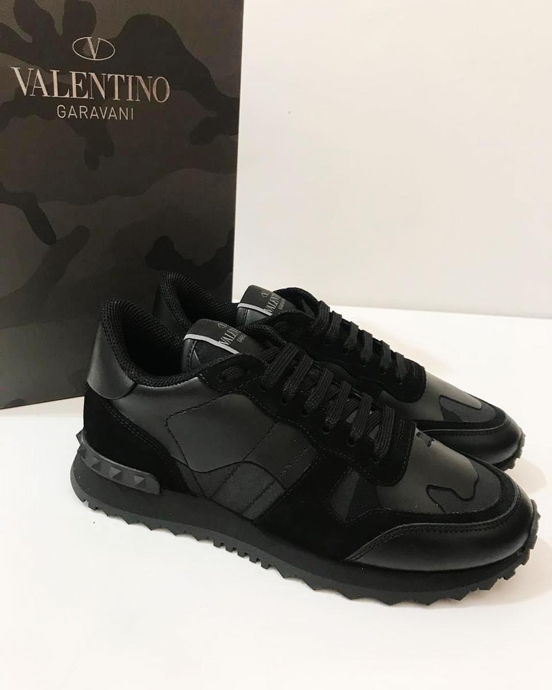 Купить кроссовки Valentino за 47730 руб. в интернет магазине ... 5937bae81a6