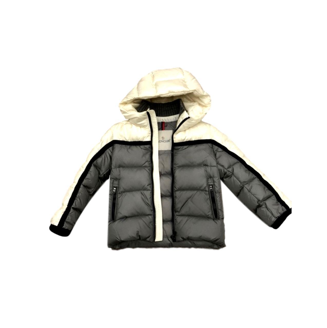 33fb9df501d Купить куртку Moncler за 18000 руб. в интернет магазине - бутике с ...