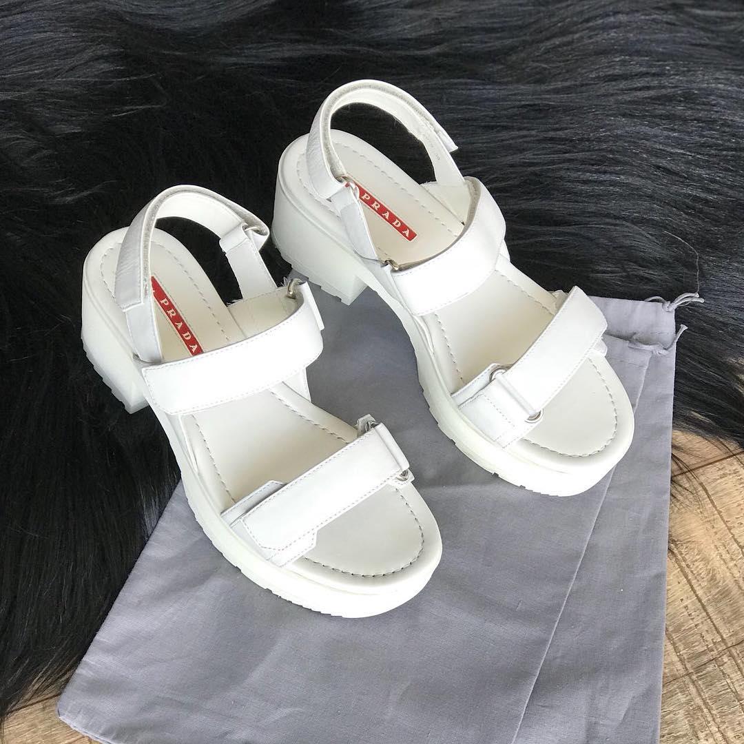 Купить босоножки Prada за 13000 руб. в интернет магазине - бутике с ... fd3ab8111c8