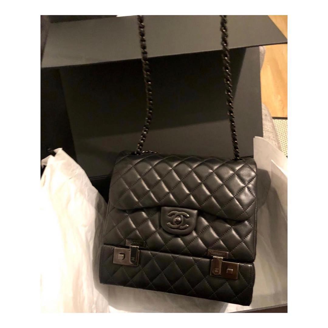 761ea7fa3673 Купить среднюю сумку Chanel за 240350 руб. в интернет магазине ...