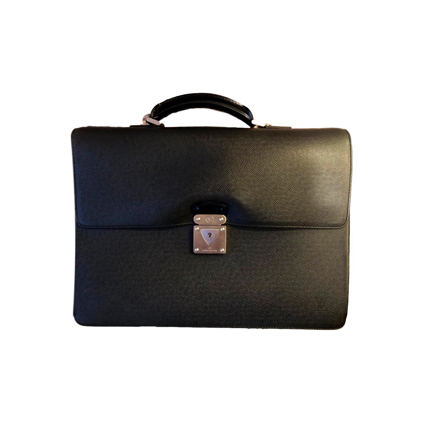 86c4b207a1c7 Купить портфель Louis Vuitton за 40000 руб. в интернет магазине ...