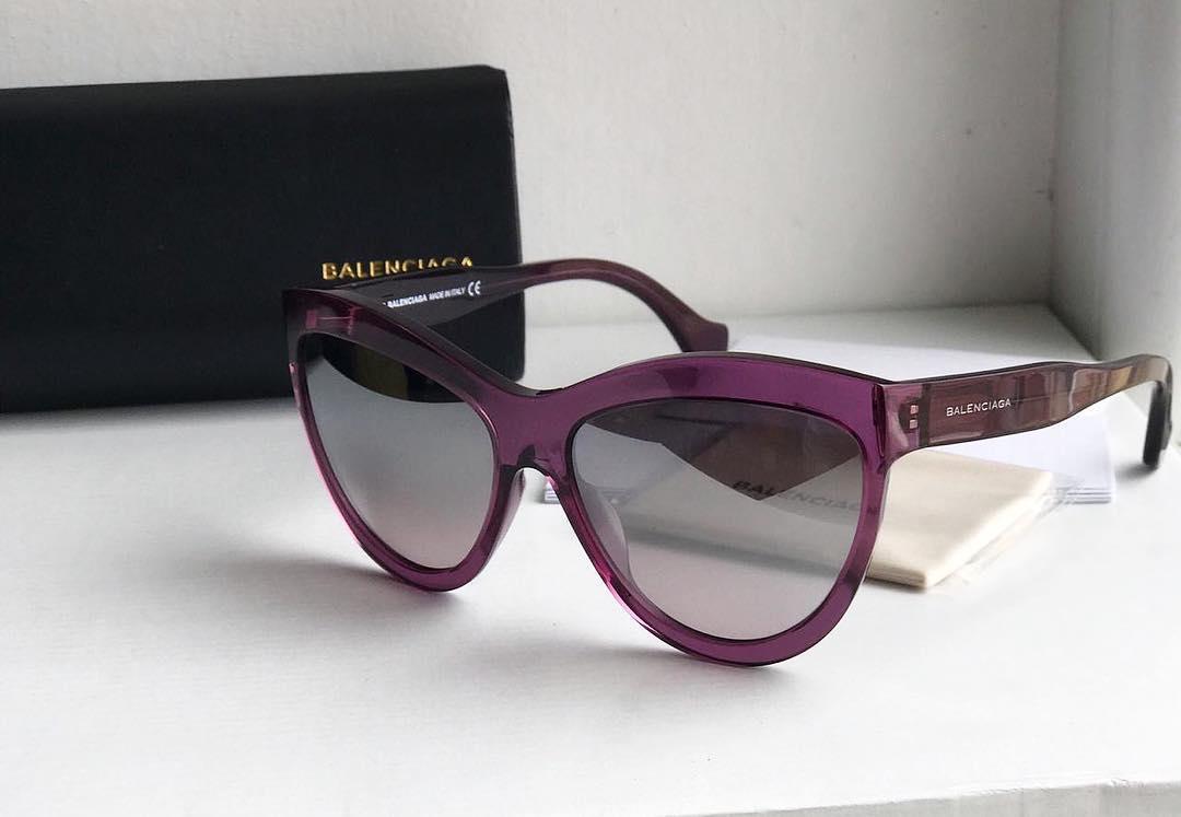 a11ac44eed88 Купить солнцезащитные очки Balenciaga