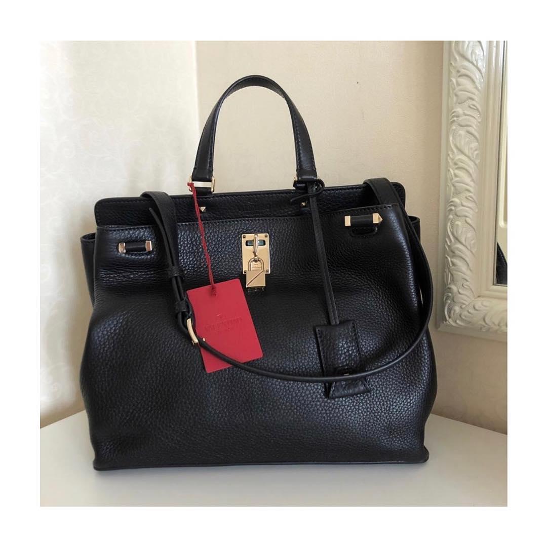 f1309f6e09e6 Купить деловую сумку Valentino за 73590 руб. в интернет магазине ...