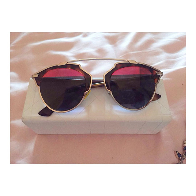 7421b9d446ed5 Купить солнцезащитные очки Dior за 25300 руб. в интернет магазине ...