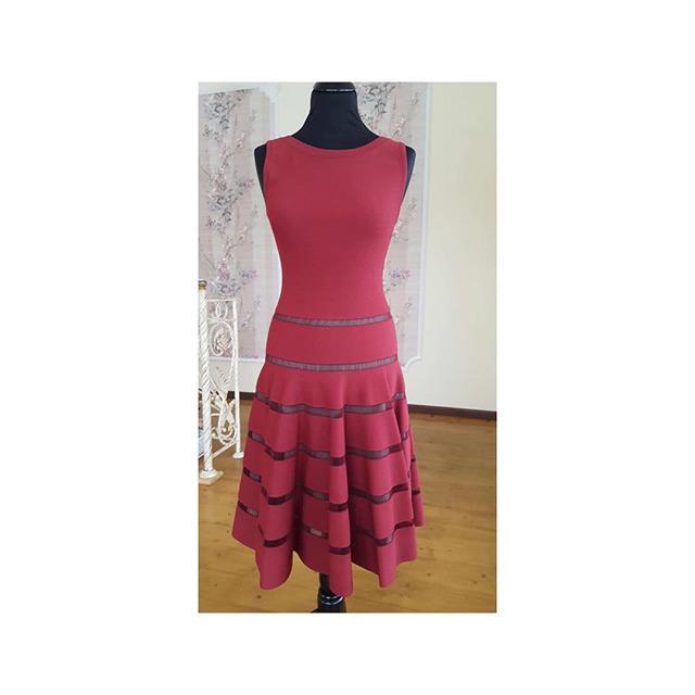 57f8890aca2 Купить платье Alaïa за 64400 руб. в интернет магазине - бутике с ...