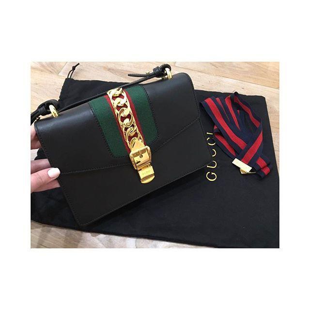 00b0b6d7c4e4 Купить маленькую сумочку Gucci за 88550 руб. в интернет магазине ...
