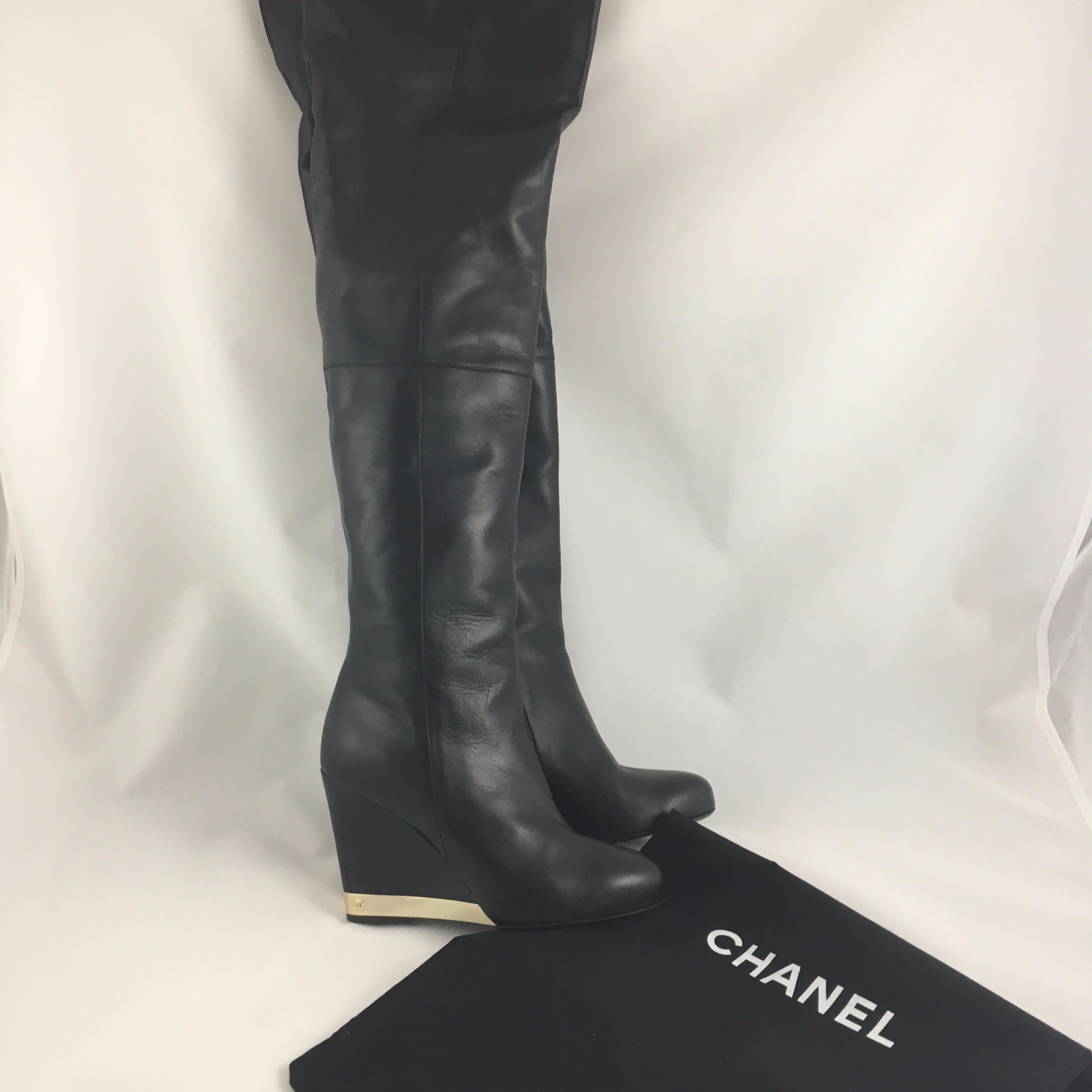 5dcd87856805 Купить сапоги Chanel за 28000 руб. в интернет магазине - бутике с ...