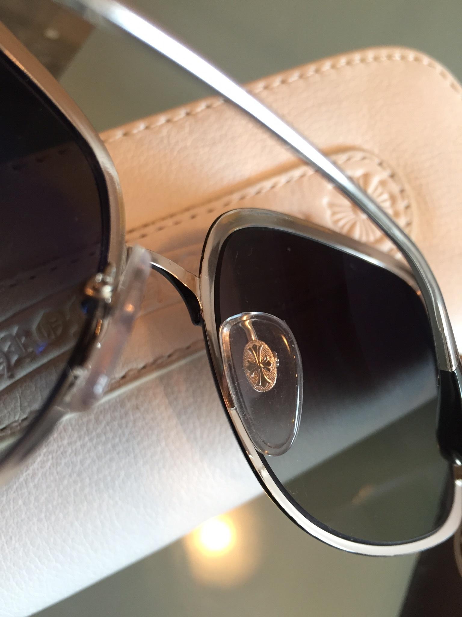 c5212be84314 Купить солнцезащитные очки Chrome Hearts за 14200 руб. в интернет ...
