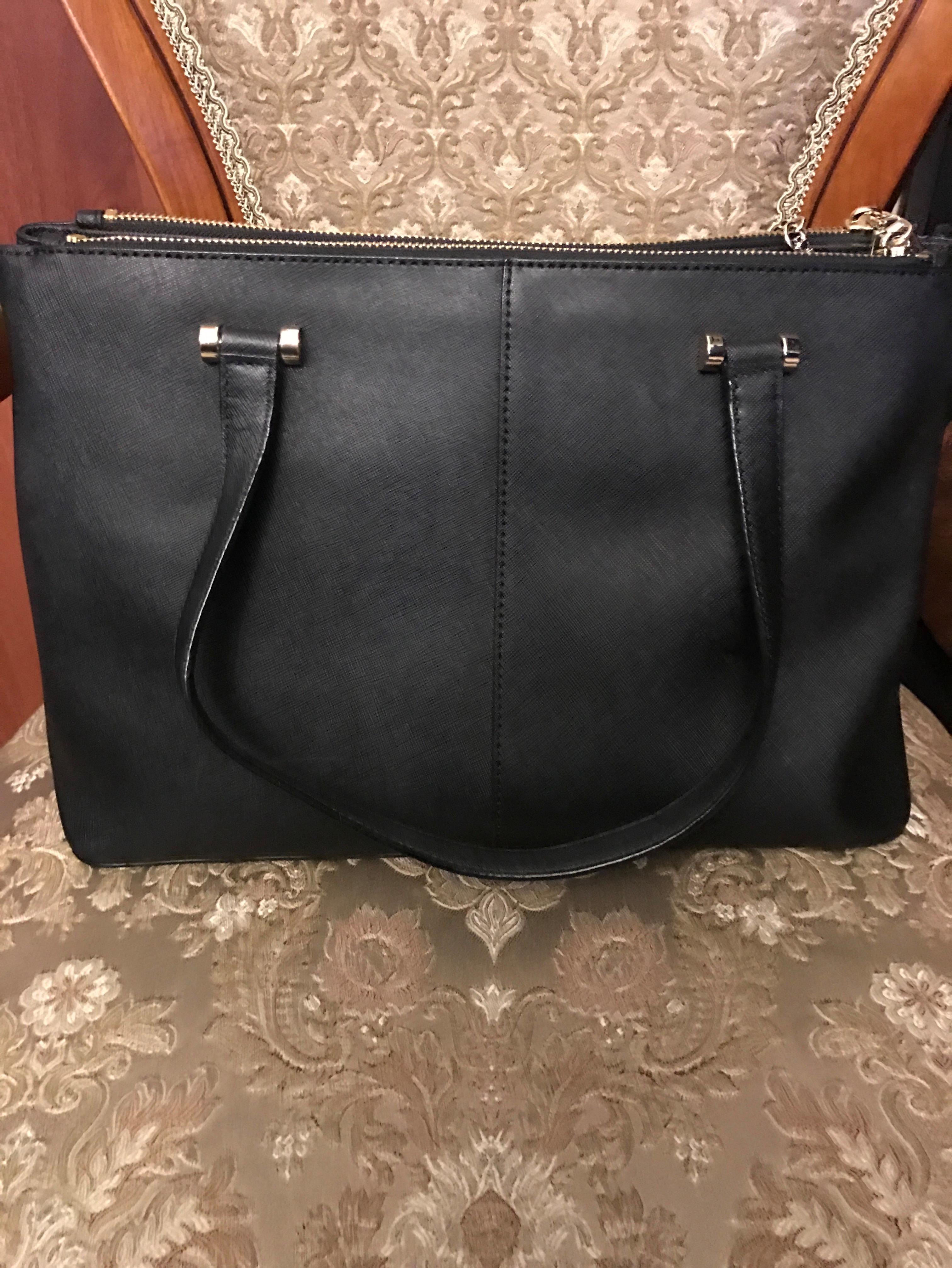 d1a03d85867a Купить среднюю сумку DKNY за 15000 руб. в интернет магазине - бутике ...