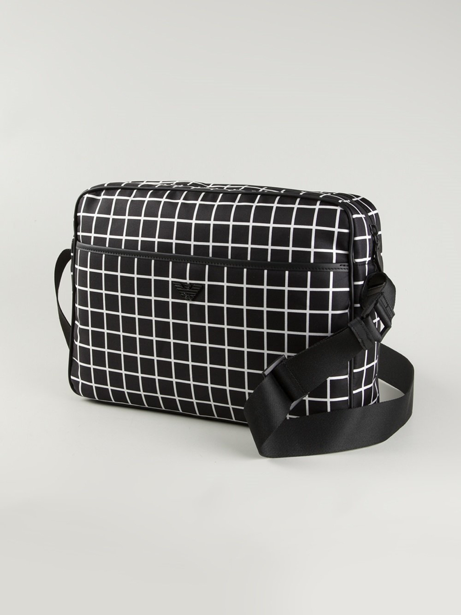 94c2cecabcb9 Купить сумку через плечо Emporio Armani за 18000 руб. в интернет ...