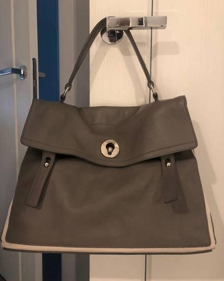 5dfeef875ee1 Продать сумку Yves Saint Laurent/Ив Сен Лоран на luxxy.com
