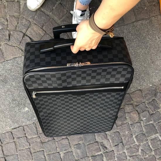 b56fb0d7ac05 Купить дорожную сумку Louis Vuitton за 143750 руб. в интернет ...