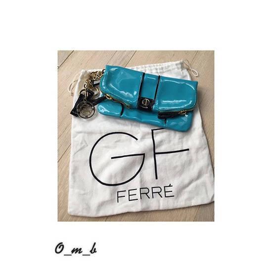 Gianfranco Ferre Каталог сумок от производителя