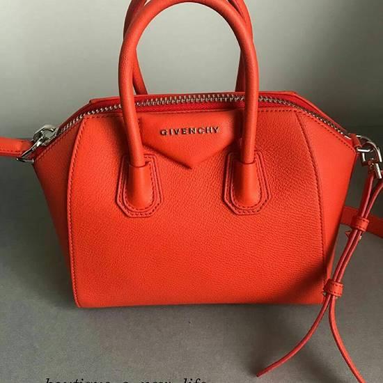 Givenchy - мужская и женская одежда, обувь, сумки и